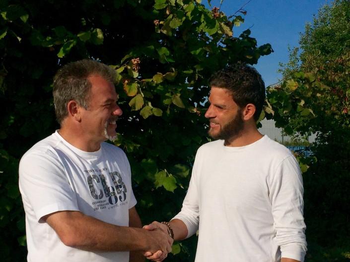 Neuer Mitarbeiter Sven Krämer und CEO, Carl-Heinz Schneppenheim
